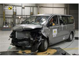 Hyundai H-1 - Frontal crash 2012 - after crash