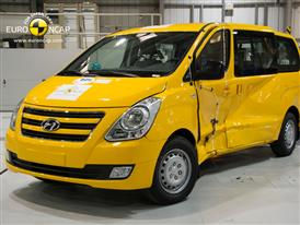 Hyundai H-1 -  Side crash test 2012 - after crash