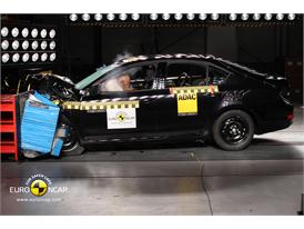 Skoda Octavia - Frontal crash test 2013