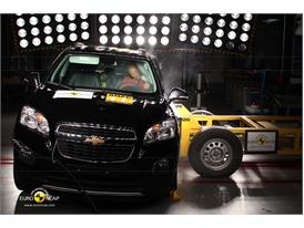 Chevrolet Trax - Side crash test 2013