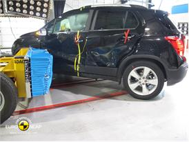 Chevrolet Trax - Side crash test 2013 - after crash