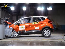 Renault CAPTUR - Frontal crash test 2013