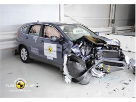 Honda CR-V - Frontal crash test 2013 - after crash