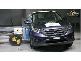 Honda CR-V -Side crash test 2013