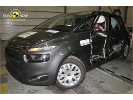 Citroën C4 Picasso - Side crash test 2013 - after crash