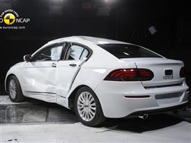 Qoros 3 Sedan  - Pole crash test 2013 - after crash