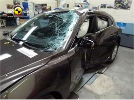 Mazda 3 - Pole crash test 2013 - after crash