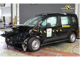 Ford Tourneo Connect - Frontal crash test 2013 - after crash