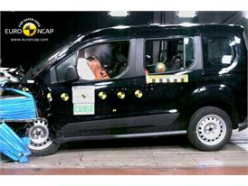 Ford Tourneo Connect  - Frontal crash test 2013