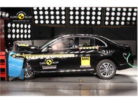 Mercedes C-Class  - Frontal crash test 2014