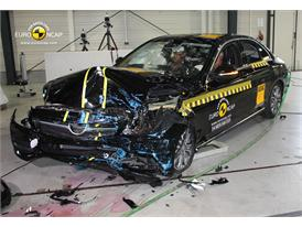 Mercedes C-Class - Frontal crash test 2014 - after crash