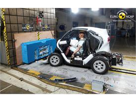 Renault Twizy 80 - Frontal crash test 2014 - after crash