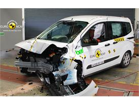 Ford Tourneo Courier - Frontal crash test 2014 - after crash