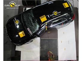 Mercedes-Benz GLA-Class  - Pole crash test 2014 - after crash