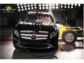Mercedes-Benz GLA-Class  - Side crash test 2014