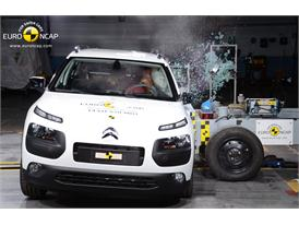 Citroën C4 Cactus  - Side crash test 2014