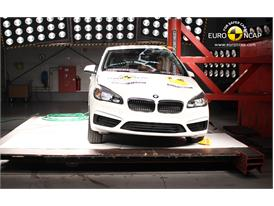 BMW 2 Series Active Tourer - Pole crash test 2014
