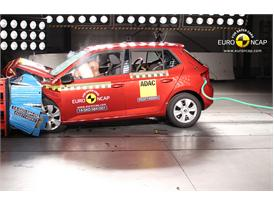 Skoda Fabia  - Frontal crash test 2014