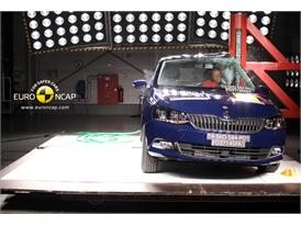 Skoda Fabia - Pole crash test 2014
