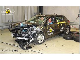 Renault Megane Hatch Reassessment- Frontal crash test 2014 - after crash