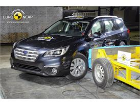 Subaru Outback  - Side crash test 2014
