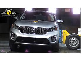 Kia Sorento  - Side crash test 2014
