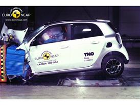smart forfour  - Frontal crash test 2014