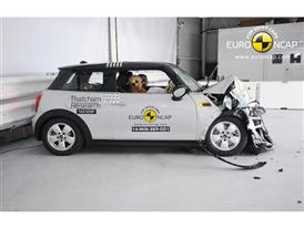 MINI Cooper - Frontal crash test 2014 - after crash