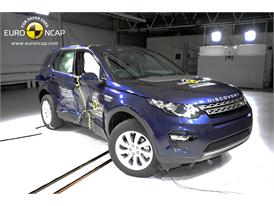 Land Rover Discovery Sport  - Side crash test 2014