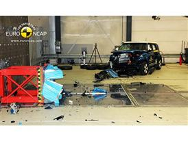 Kia Soul EV - Frontal crash test 2014 - after crash