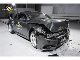 Audi TT - Frontal Full Width test 2015 - after crash