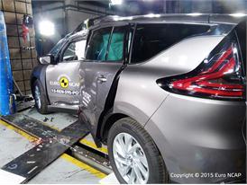 Renault Espace - Pole crash test 2015