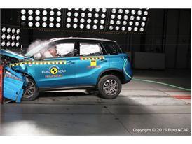 Suzuki Vitara - Frontal Offset Impact test 2015