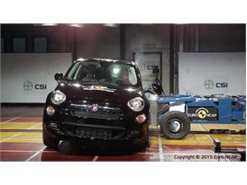 FIAT 500X  - Side crash test 2015