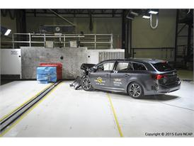 Toyota Avensis - Frontal Offset Impact test 2015 - after crash