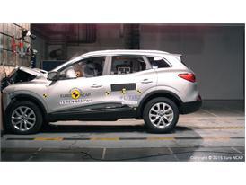 Renault Kadjar - Frontal Full Width test 2015
