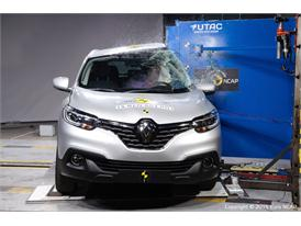Renault Kadjar  - Pole crash test 2015 - after crash