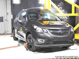 Opel/Vauxhall Karl  - Pole crash test 2015