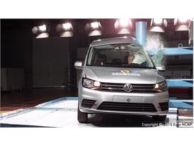 VW Caddy  - Pole crash test 2015