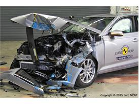 Audi A4 - Frontal Offset Impact test 2015 - after crash