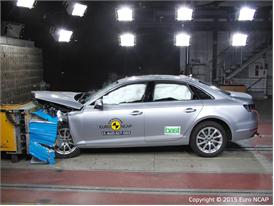 Audi A4  - Frontal Offset Impact test 2015