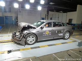 Renault Talisman - Frontal Full Width test 2015 - after crash