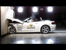 BMW Z4- Frontal Full Width test 2015