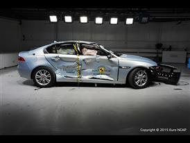 Jaguar XE  - Side crash test 2015 - after crash