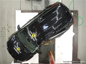Kia Sportage  - Pole crash test 2015 - after crash