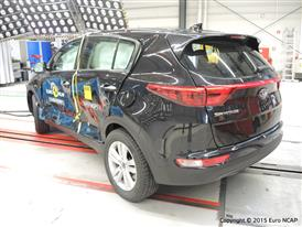 Kia Sportage  - Side crash test 2015 - after crash