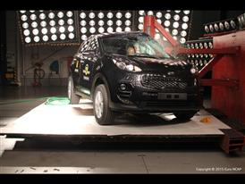 Kia Sportage  - Pole crash test 2015