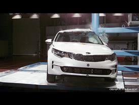 Kia Optima - Pole crash test 2015