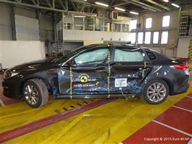 Kia Optima - Side crash test 2015 - after crash
