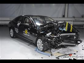 Jaguar XF - Frontal Offset Impact test 2015 - after crash